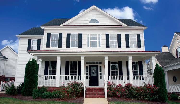 HardiePlank Lap Siding: The Perfect Fit for Indiana's Colonial Style Homes