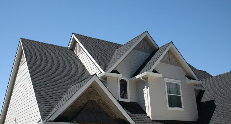 What Every Homeowner Needs to Know About Roof Replacement