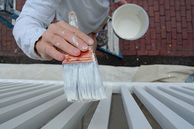 How to Know When Your Home Needs to Be Repainted